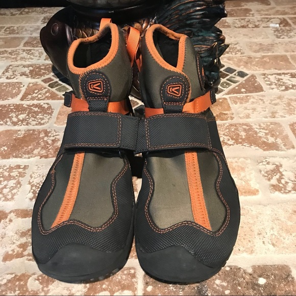 cc3c2a6087b7 Keen Other - Keen pre-owned size 10